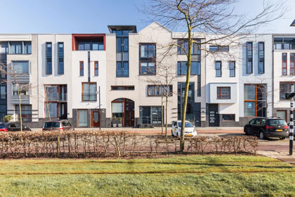 Eengezinswoningen in Barendrecht met openbaar vervoer voor de deur